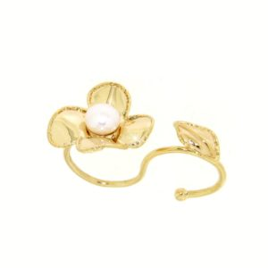 Bridal collection.Double flower ring with fresh water pearl yellow gold 14kt