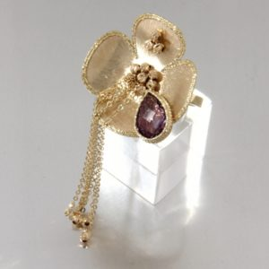 Yellow gold ring with amethyst. Also available in 14Kt and 18Kt gold