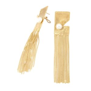 18kt Yellow gold earring with fresh water pearls
