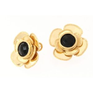 Yellow gold earrings with black onyx. Also available in 14Kt and 18Kt gold